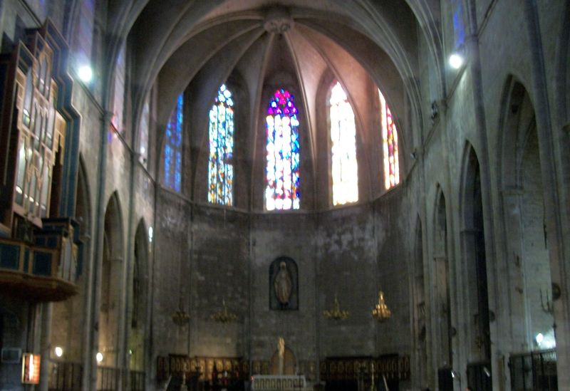 Windows in Santa Maria del Pi