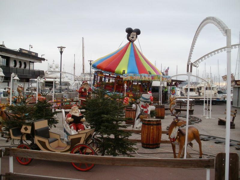 Holiday carnival